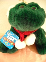 Freddy the Singing Frog Croaks Jingle Bells In Frog Voice